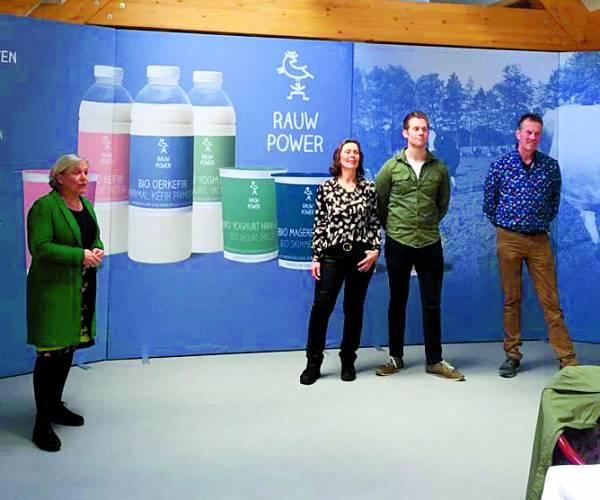 Ank Bijleveld op bezoek bij Raw Milk Company