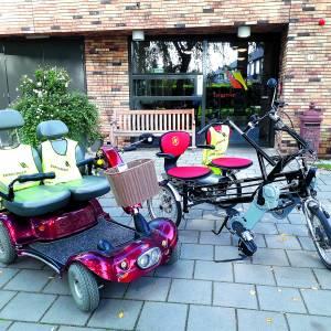 Op stap met duo-fiets en duo-scoot-mobiel