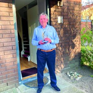 Gerard Kleinhaarhuis 50 jaar handbalscheidsrechter