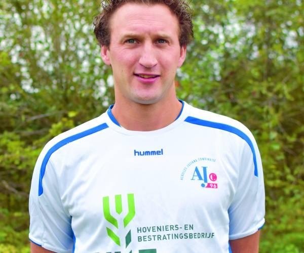 Bas Woesthuis blijft langer verbonden aan AJc'96